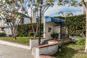 1333 Valley View Rd #8 Glendale